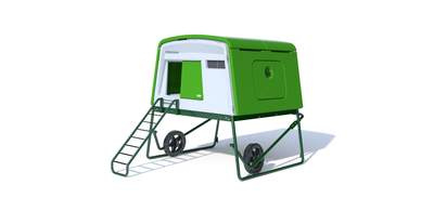 Eglu Cube Mk2 with Wheels and Accessories - Leaf Green