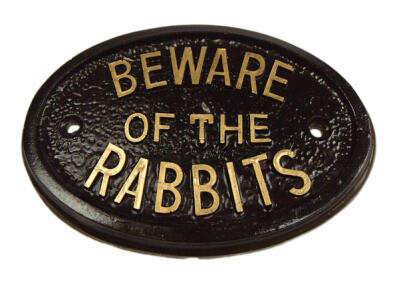Targa - Beware of the Rabbits (Attenti ai conigli)